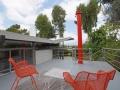 la modern architecture patio view